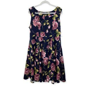 NWT Modcloth Ixia Floral Fit & Flare Large